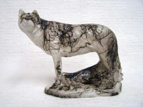 Native American Made Ceramic Horsehair Lone Wolf Horsehair Pottery