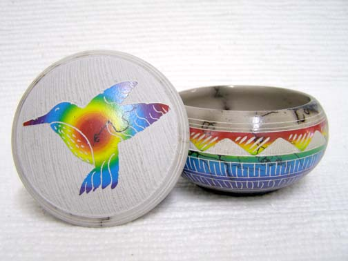 Native American Navajo Made Ceramic Fine Etched Horsehair Small Jewelry Box with Hummingbird